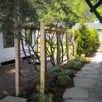 Handmade fences for your gardens to grow into